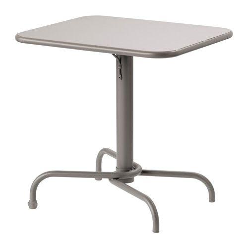 TUNHOLMEN Stol, na otvorenom IKEA Stol je čvrst, lagan i ne zahtijeva održavanje jer je izrađen od aluminija otpornog na hrđu.