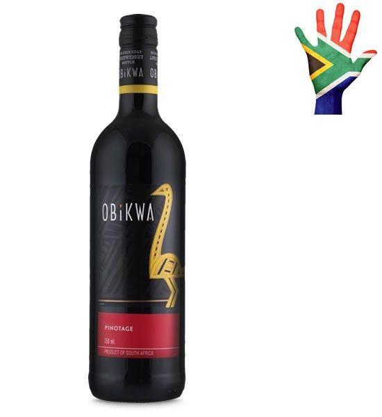 OBIKWA Adotando o nome de uma das mais antigas tribos da África do Sul, este vinho celebra a obstinação e astúcia das tribos Obikwa, assim como a resistência do avestruz. Nativos da região, juntos sobreviveram a intempéries e solo inóspito. Não é de se admirar, portanto, que a casca do ovo de avestruz fosse utilizada como recipiente ideal para o acondicionamento e reserva de água durante os períodos de seca, mantendo-a pura e fresca. Nada mais do que a interação homem e meio ambiente…