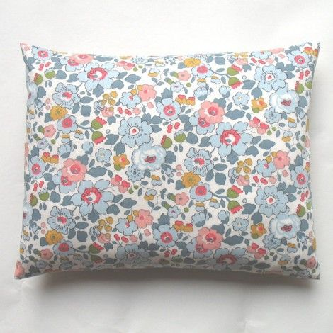 coussin liberty Betsy porcelaine