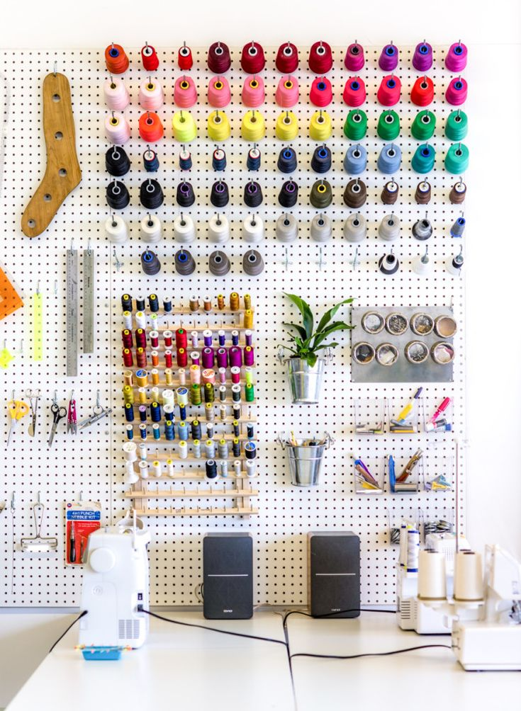 Using a giant pegboard to organize your sewing studio // Closet Case Patterns cl…