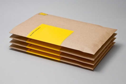 I love brown envelopes. These take it to another level with the pop of yellow.