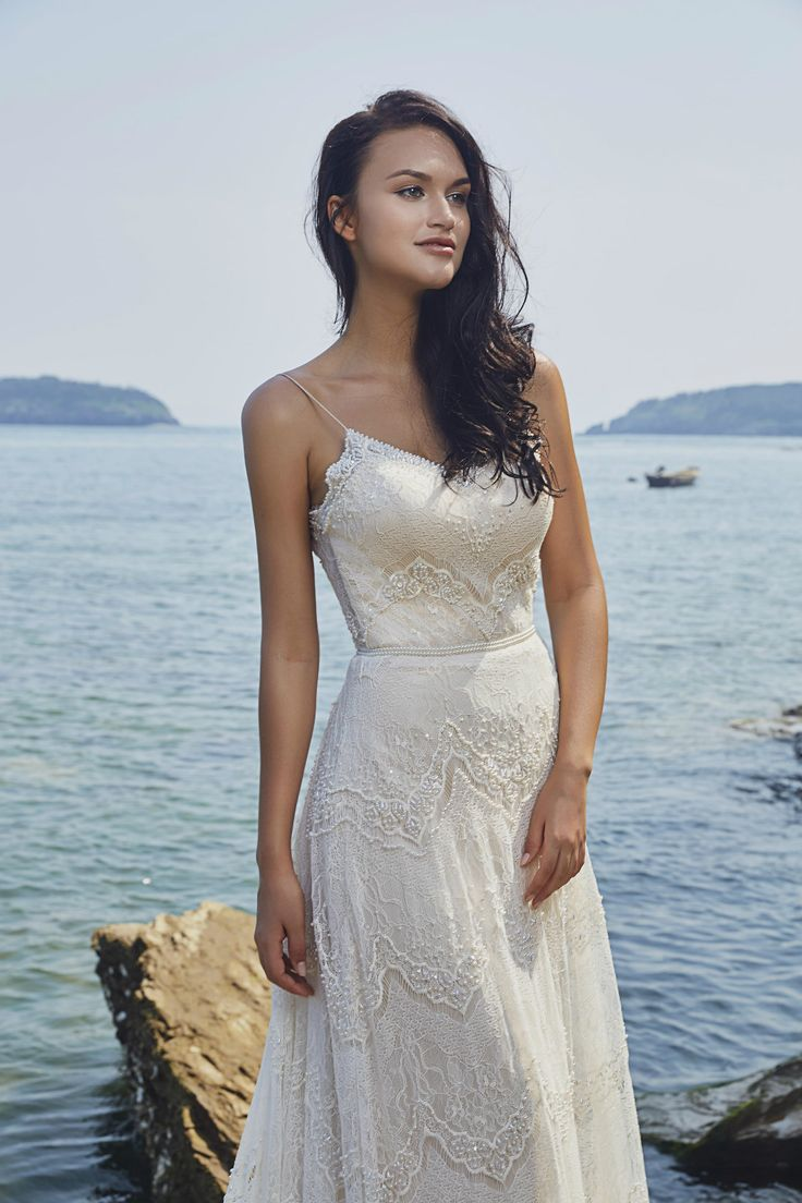 100 best Brautmode images on Pinterest   Wedding frocks, Homecoming ...
