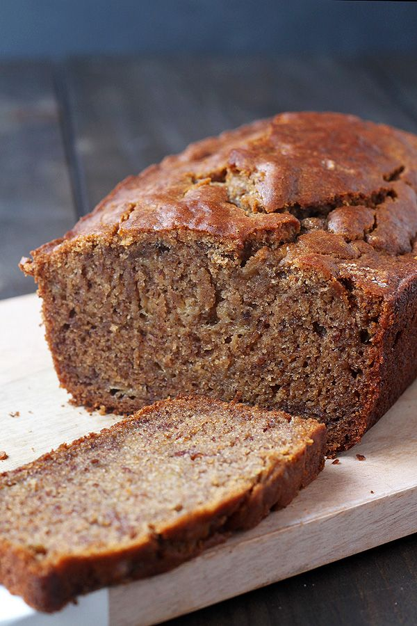 Super easy and super tasty Gluten Free Banana Bread. Dairy Free and Vegan, too! | tiaskitchen.com/gluten-free-banana-bread-dairy-free-and-vegan Tip: add no Brown suger. But try less sugar and use a healthier one