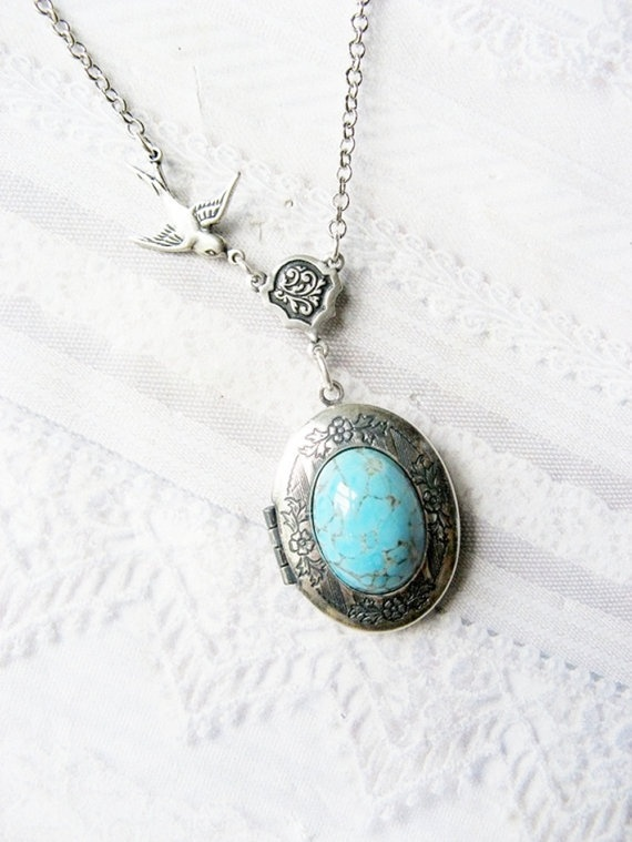 I love lockets **: Silver Lockets, Lockets Necklaces, Bridesmaid Gifts, Turquoi Jewelry, Silverturquoi Lockets, Robins Eggs, Turquoise Jewelry, Blingi Things, Turquoise Lockets