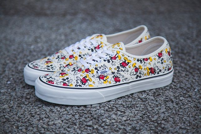 These are some of the most amazing vans in the universe!!! ;)