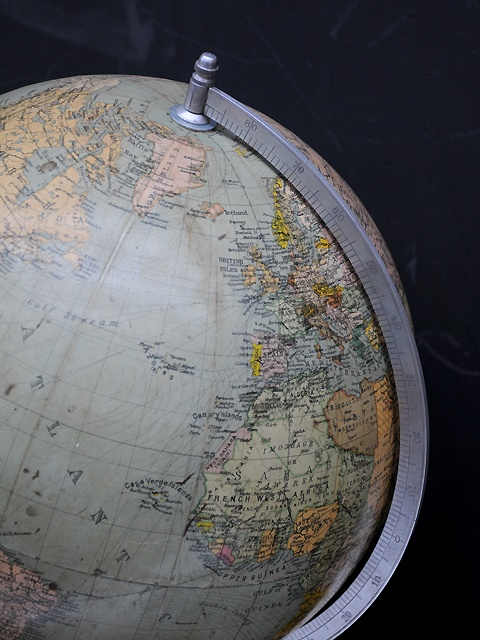 Very Nice Vintage Globe Globe Is Hard Pressed Card Mounted On Wooden Base Vintage Globehome Decor Accessoriesglobes1950base