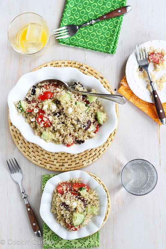 Quick & easy! Quinoa Greek Salad with Tomato, Cucumber & Feta...213 calories & 6 Weight Watchers PP | Cookin' Canuck #vegetarian #MeatlessMonday