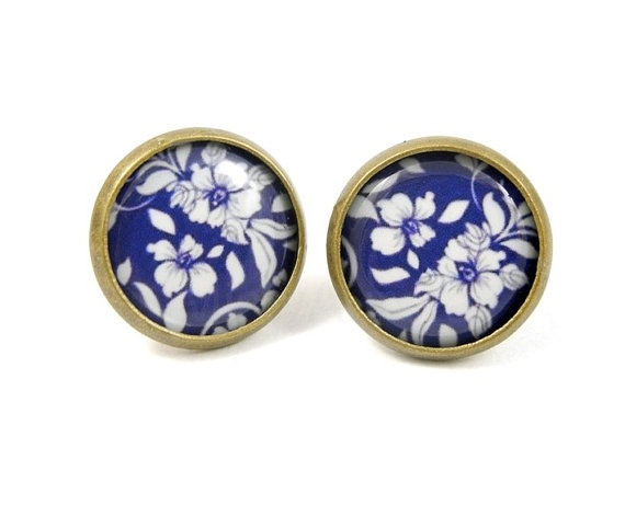 Dark Blue and White Floral Pattern Earring Studs Bronze Color Nautical Romantic Retro Free Shipping