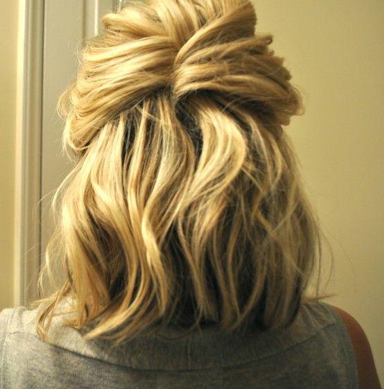 yeaaaaaa i love this: Medium Length, Half Up, French Twists, Shorts Hairs, Hairs Tutorials, Hairs Idea, Cute Hairs, Hairs Styles, Shoulder Length Hair