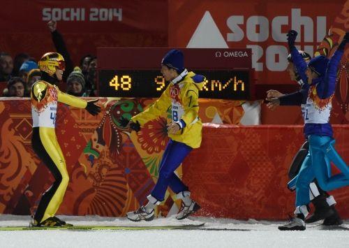 五輪ジャンプ:41歳葛西が銀メダル 男子ラージヒル - 毎日新聞