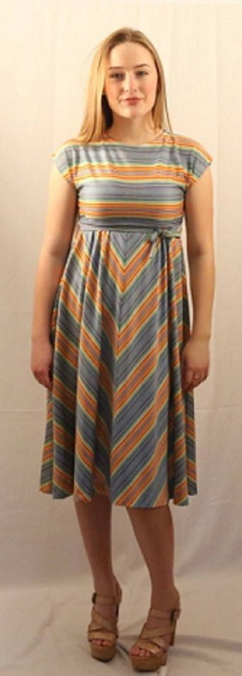 1970's True Vintage Ladies Baby Doll Style Dress Chevron