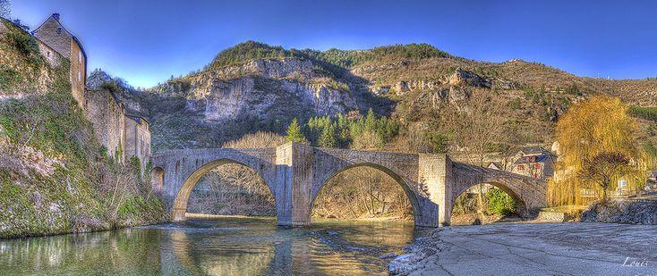 Pont sur le Tarn à Sainte Enimie, Lozère, Gorges du Tarn