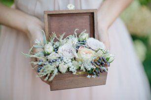 шкатулка для колец с живыми цветами