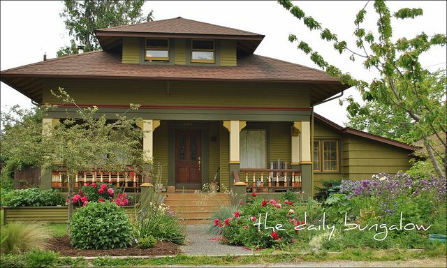 Classic Cottage Bungalow - with an amazing garden!
