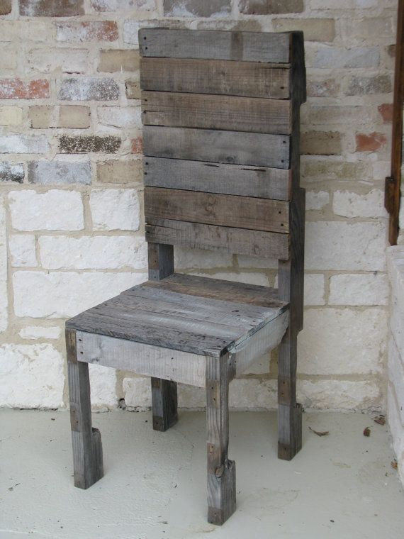 78 images about rustic and shabby chic furniture on for Pallet shabby chic