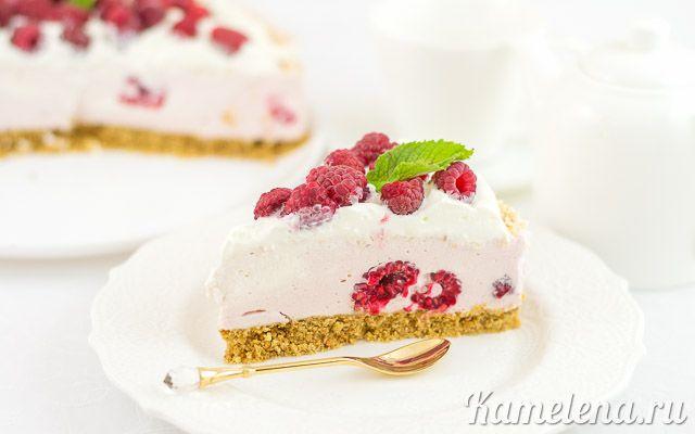 Торт с малиной (без выпечки)