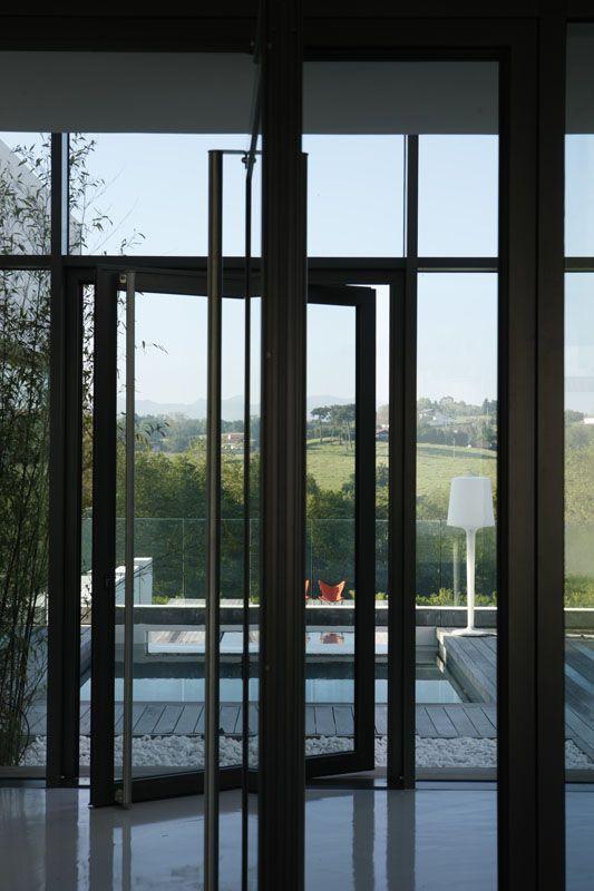 17 meilleures images propos de porte d 39 entr e sur pinterest portes pivotantes arbonne et. Black Bedroom Furniture Sets. Home Design Ideas
