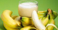 Warme Milch mit Honig um besser einzuschlafen? Von gestern! Dieses Wundergetränk hilft viel besser: Bananenwasser! Wir verraten dir, wie es dir hilft und wie du es zubereitest.