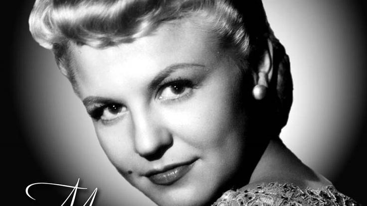 muziek jaren 50    Amerikaanse zangeres met grote successen in vooral de jaren '50 en '60. Peggy Lee (Norma Egstrom) neemt in de jaren '40 een aantal nummers op met Benny Goodman en zijn band. 'Why Don't You Do Right' is in 1943 hun grootste hit.