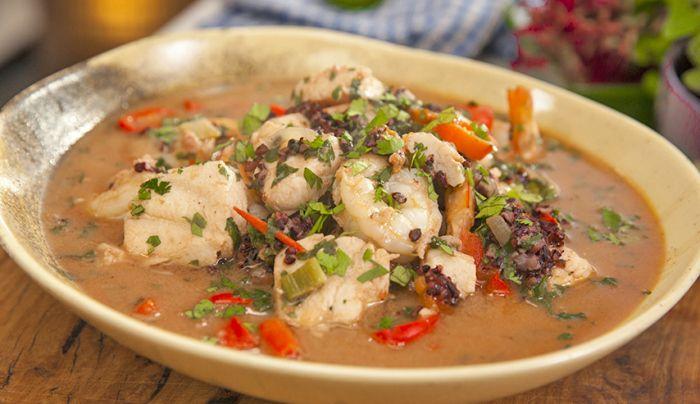 Moqueca De Peixe (Fish Stew) - Good Chef Bad Chef