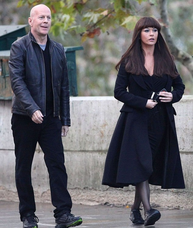 Bruce Willis and Catherine Zeta-Jones To Star Red II -     The action star Bruce Willis seems not bothered by his age as he was to star in six films which includes a movie together with Catherine Zeta-Jones in Red 2. For the Die Hard action star, fil