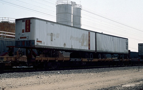 KTTX601151 by Chris Butts, via Flickr