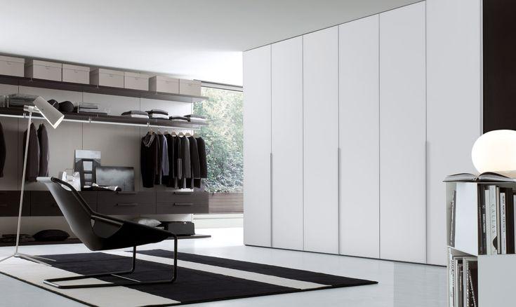 33 Ghost - hanging doors; Cabina armadio Plurimo; Lina