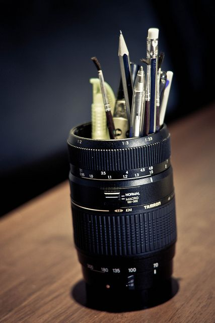 A new life for your old or broken lenses: Upcycle it into a pencil holder!