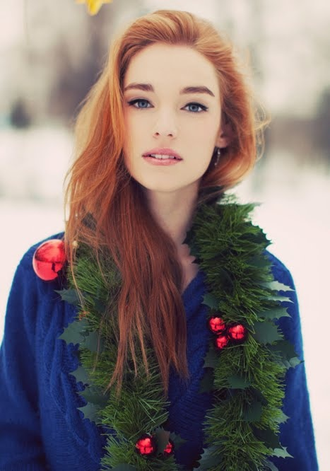 Deck the gingers with boughs of holly... I should do this for a Christmas-y senior picture