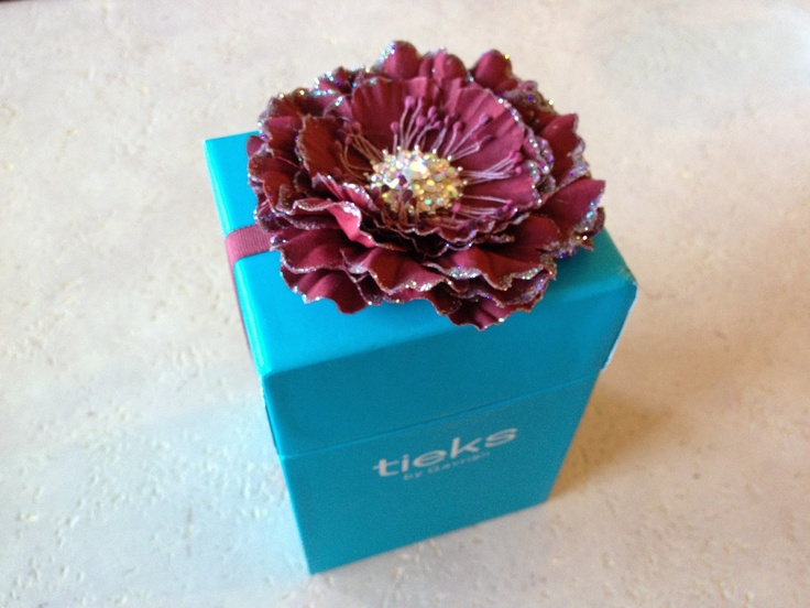Tieks packaging-Love how they do this!!!!: Packaging Design, Tiek Packaging Lov, Tiek Packaginglov