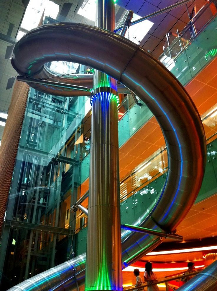 Long Layover: Things To Do In Singapore Airport