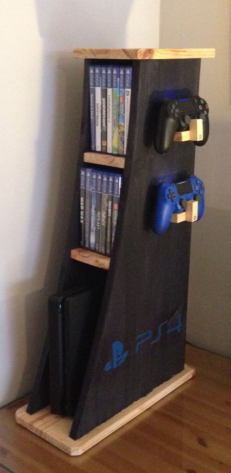 Vertical shelving for consoles, PS4, PS3, XBOX etc … handmade in pine and fir wood. It can be customized. € 60, is made to order. WhatsApp 649973761 or wooddosh@gmail.com # ps4 #mancavegamer (man cave gamer