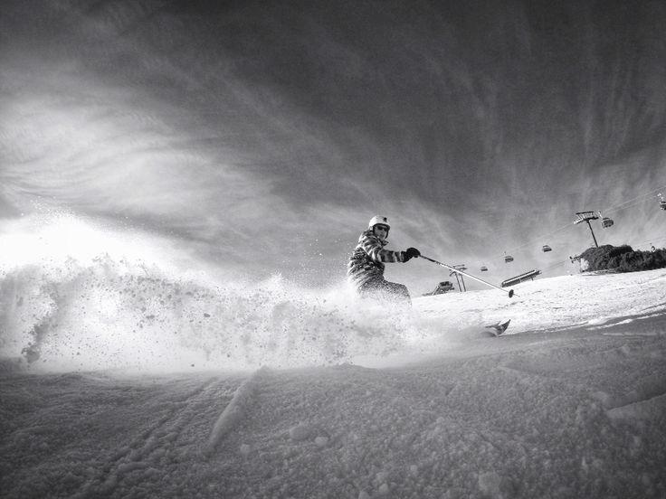 Gopro skiing. Burst photo 30/1