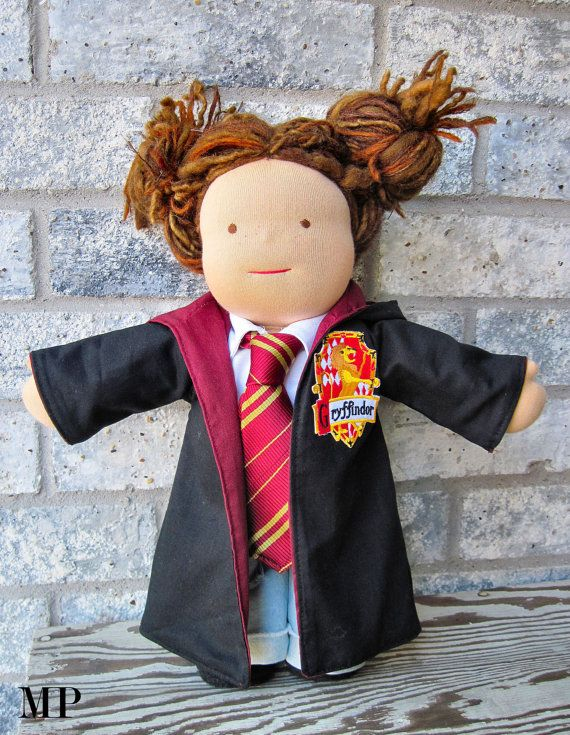 Outfit for Twelva waldorf HARRY POTTER Gryffindor robe, shirt and tie  for  12 15 inch doll cape lion hp