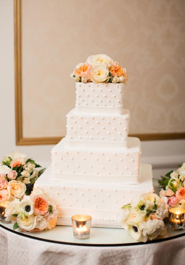 Classic Square Wedding Cake | photography by http://lindsaymaddenphotography.com