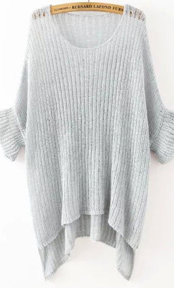 Loving this grey loose knit sweater.
