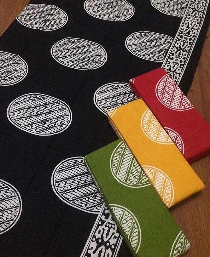 Batik cap garutan + embos @125.000 Batik 220x110 @80.000 Ambil banyak harga grosir Minat WA 0819-821764 Line Lechis #batikmodern #seragamkeluarga #seragamnikah #seragammanten #embos #jualkain #jualkainbatik #kain