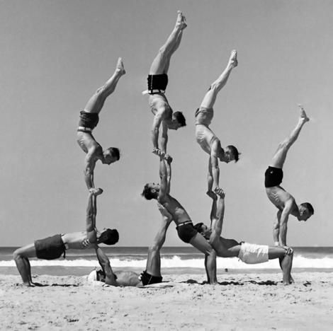 keepcalmandmasturbatetomyarchive:  Beachobatics on Bondi Beach in October 1939. Photo: George Caddy
