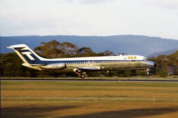 Trans Australia Airlines McDonnell Douglas DC-9-31 (VH-TJM)