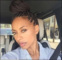 Box Braided Beauty Artist IG:@kerihilson #naturalhairmag