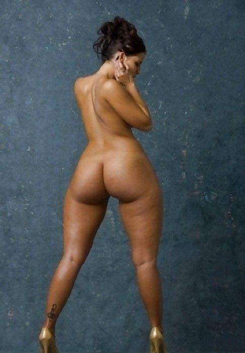 Широкие бедра голые фото