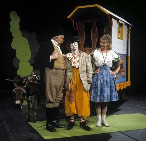 Pipo de clown, mama loe en dikke deur