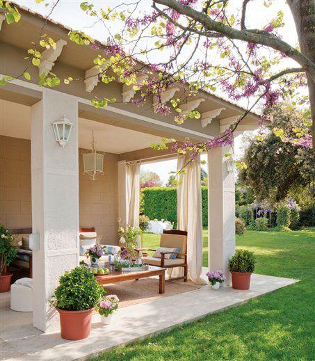 Otthon vidéken: Spanyol villa medencével