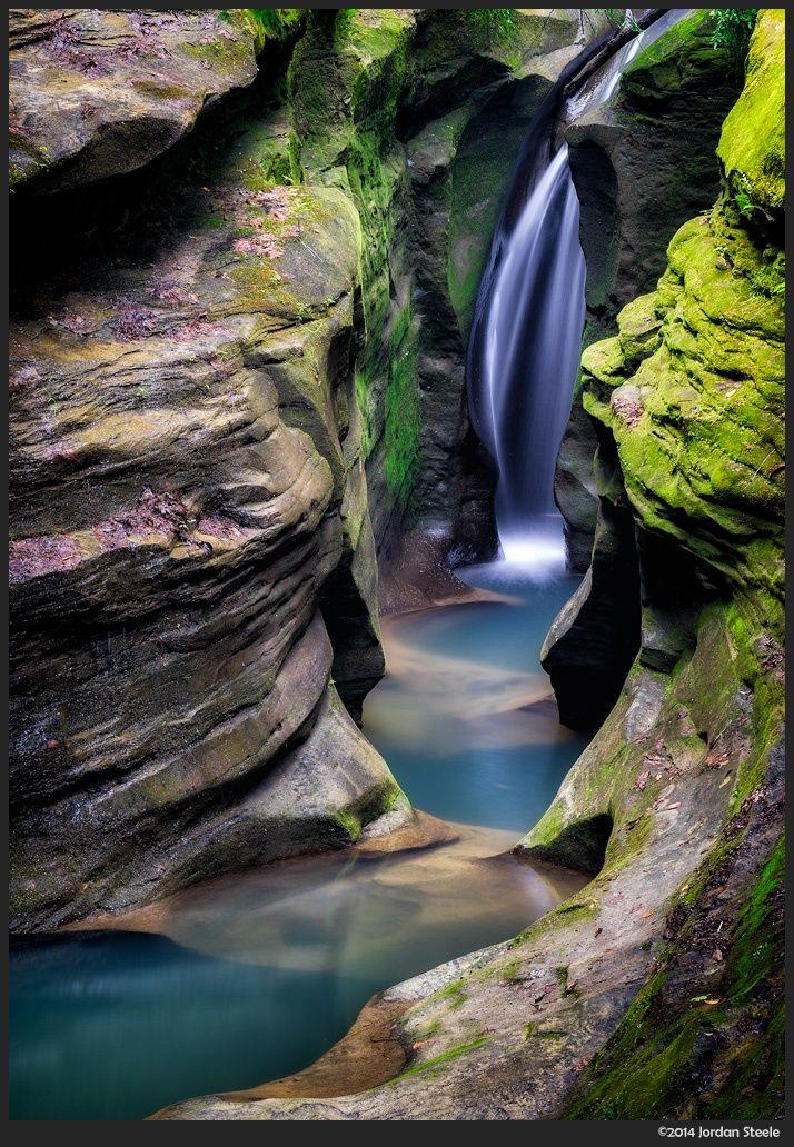 Corkscrew Falls - a hidden waterfall in Ohio - USA - by Jordan Steele
