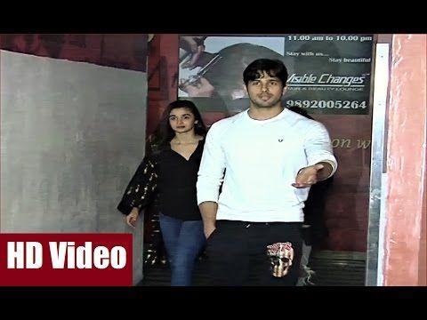 Alia Bhatt, Sidharth Malhotra spotted together watching DANGAL. Click here to see the full video >>> https://youtu.be/hffavzbEUWo #aliabhatt #sidharthmalhotra #bollywood #bollywoodnews #bollywoodnewsvilla