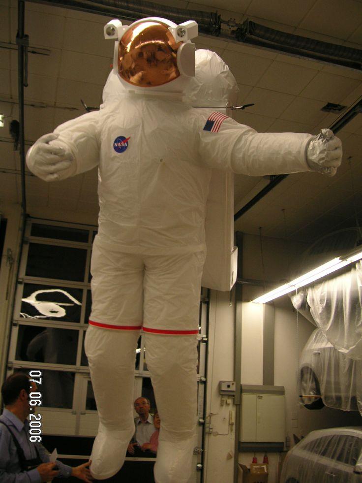 Radio controlled astronaut