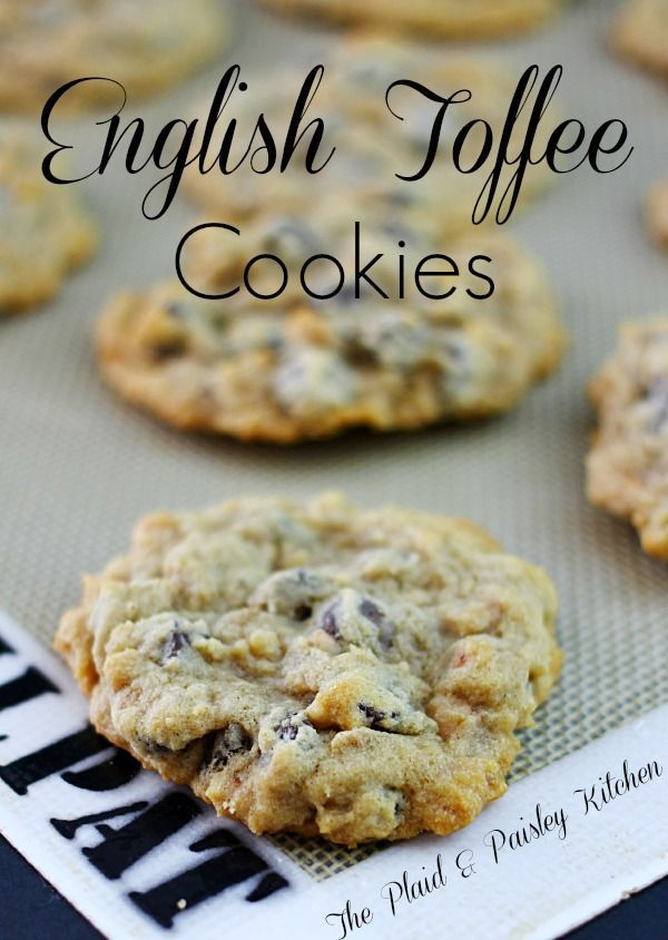 English Toffee Cookies might just be your new obsession!!!  I don't even know how I am going to get through writing this post with out running down to the kitchen to make another batch of these! They are so addicting that I had to give them away. P