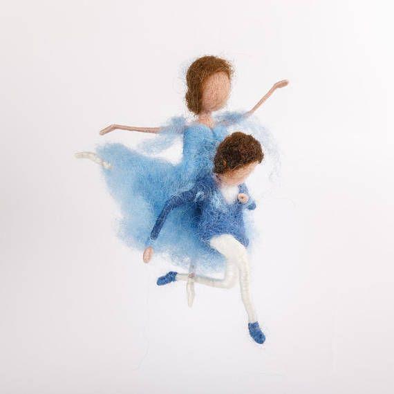 Tanzendes Paar Ballett Waldorf nadelgefilzt Püppchen