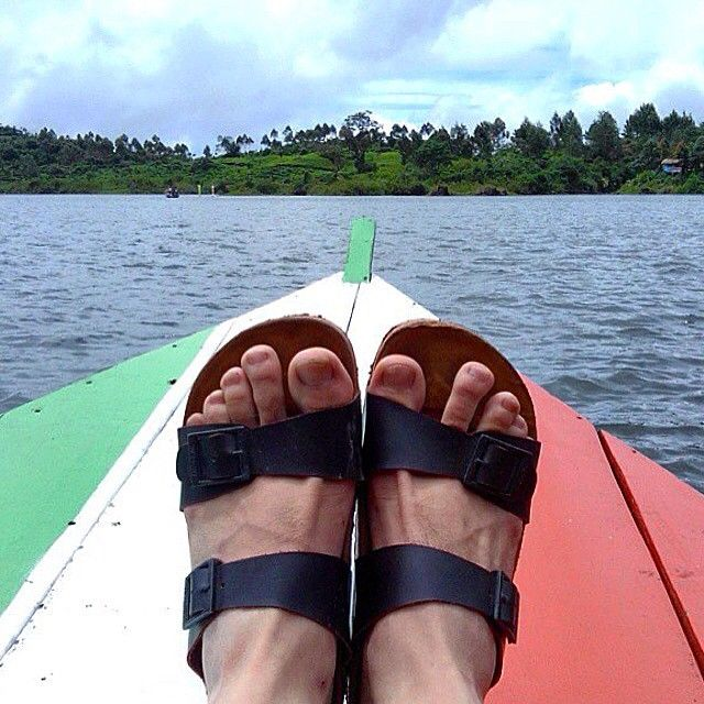 """""""@ferdinmaulana New years getaway, say hi to the sea from us  #hijacksandals #leather #sandals #leathergoods #beachlife #holiday"""""""