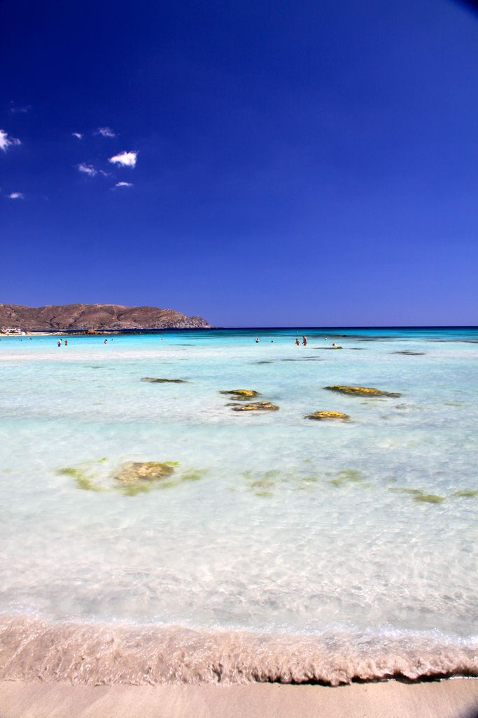 Elafonisi beach in Crete is maybe one of the so called 'untouched' or 'virgin' beaches that Greece is so proud of. This beach is very pretty and has colours that are very soft; pearl white, powder pink!